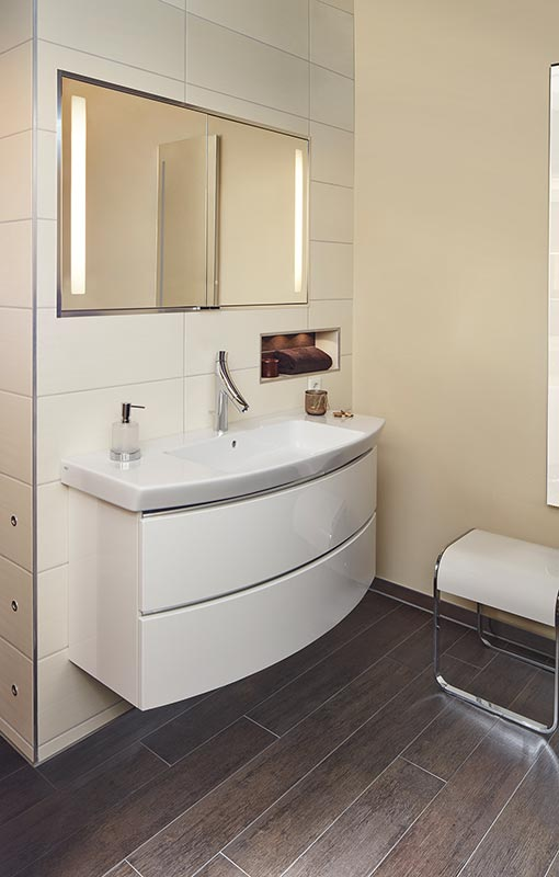 ambiente badkomfort f r jede generation richter frenzel. Black Bedroom Furniture Sets. Home Design Ideas